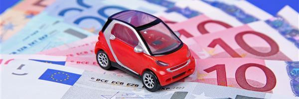 Bild modellauto auf geldscheinen
